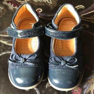 Toddler girls Geox navy maryjane shoes sz 8